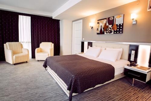 . Cavusoglu Tower Hotel