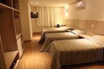 皇品時尚旅店 Golden Hotel