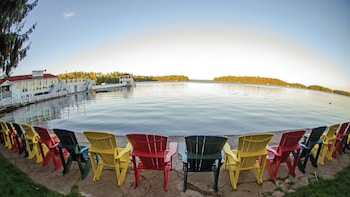 Hotel - Clevelands House Resort Muskoka