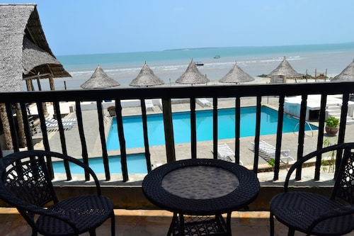 Serene Beach Resort, Kinondoni