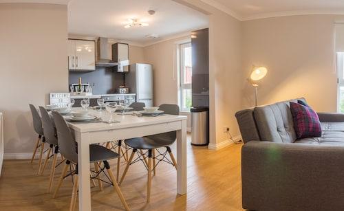 . Glasgow East Apartments