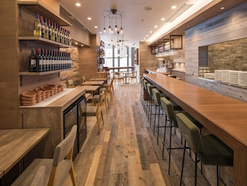 HOTEL MYSTAYS MIDOSUJI HONMACHI Restaurant
