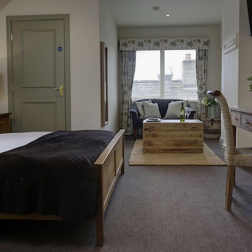 Shireburn Arms Hotel, Lancashire