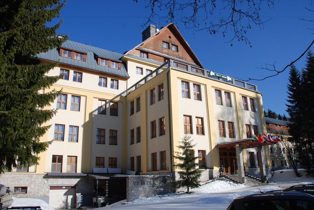 Hotel VZ Bedrichov***+