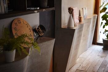 GUEST HOUSE MAYA -HOSTEL Interior Detail