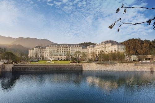 . Hilton Garden Inn Hangzhou Lu'niao
