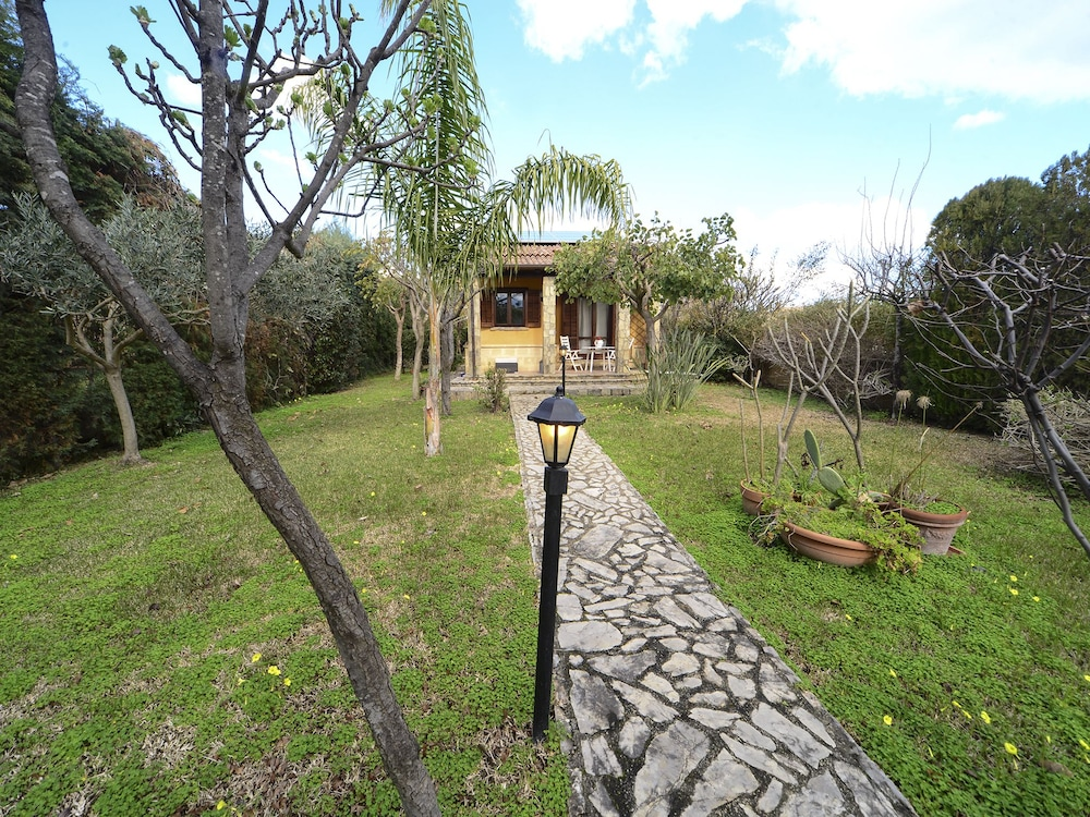 Rentopolis - Villa le Candele