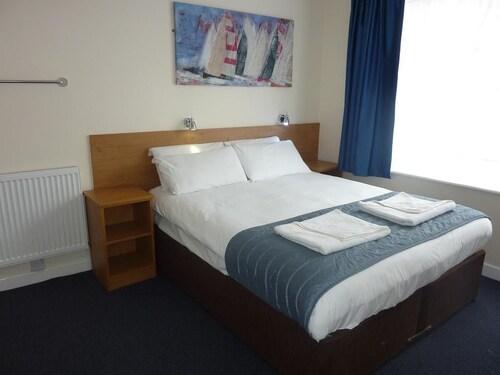 The Carisbrooke Hotel, Poole