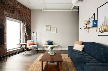 Stunning 2BR in Downtown Crossing by Sonder photo