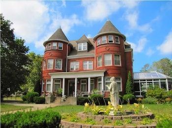 The Dempsey Manor Bed & Breakfast Inn