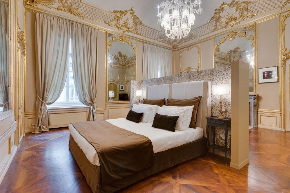 Palazzo del Carretto, Featured Image