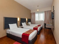 Standard Triple Room, 3 Twin Beds, City View