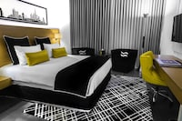 Room, 1 King Bed (Tryp Room)