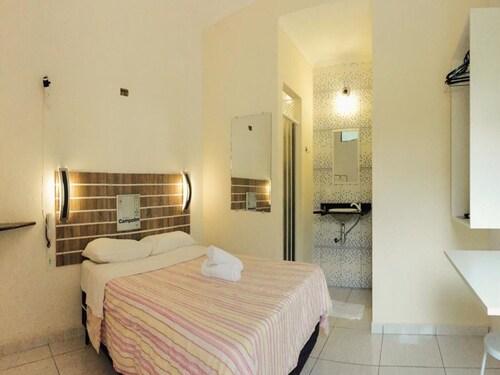 . Hotel Campolim