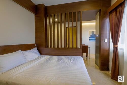 BED+BATH Serviced Suites, Iloilo City