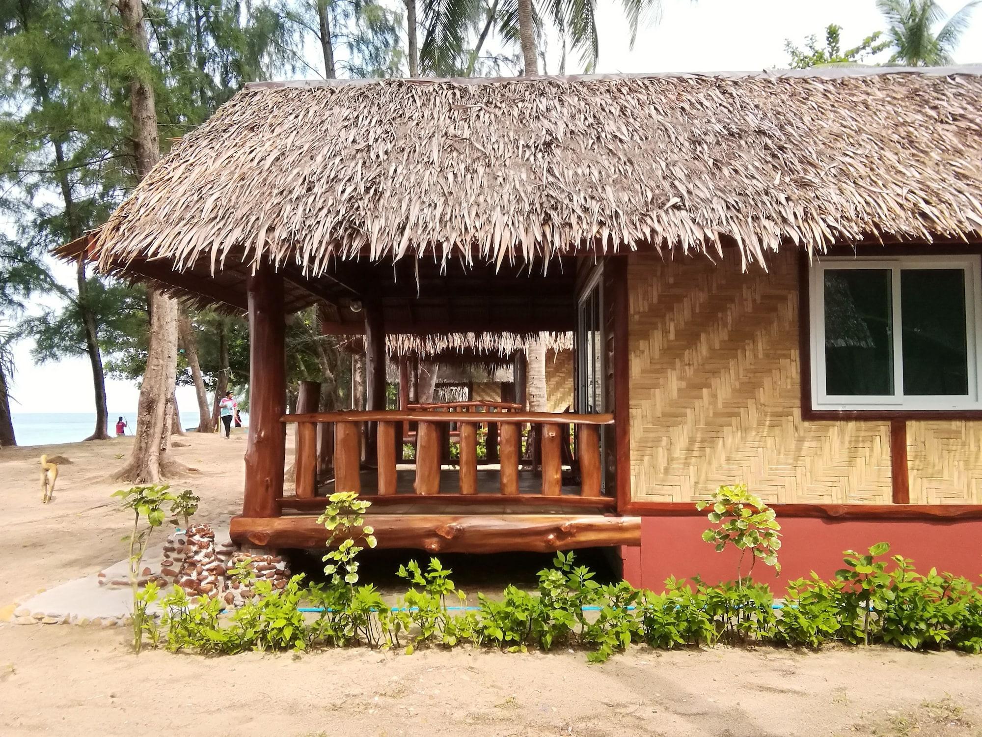 Koh Jum Freedom Resort, Nua Khlong