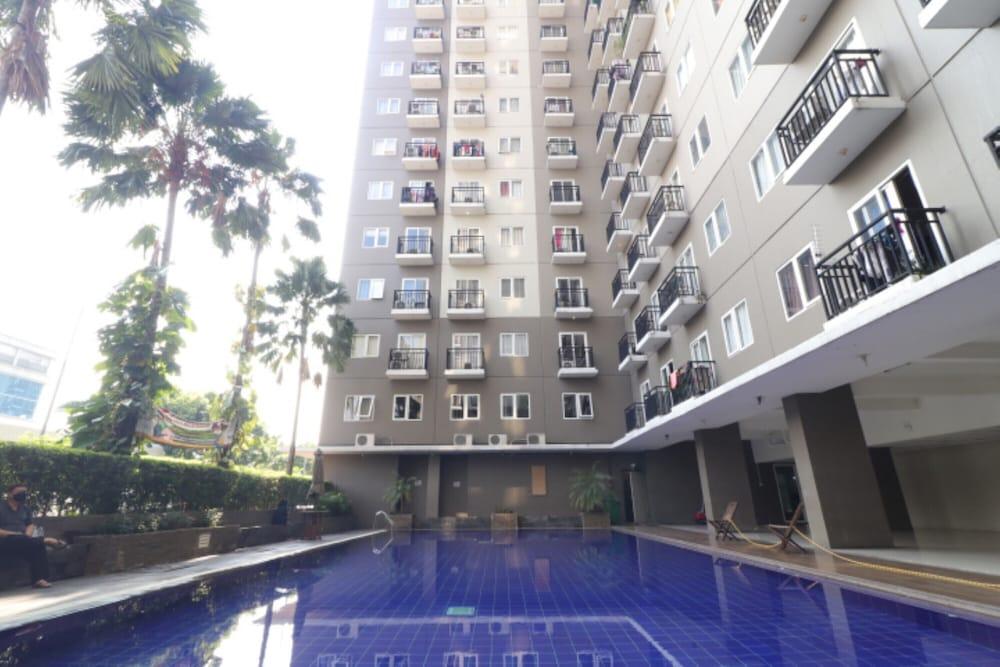 Hotel RedDoorz Apartment @ Sunter Park View