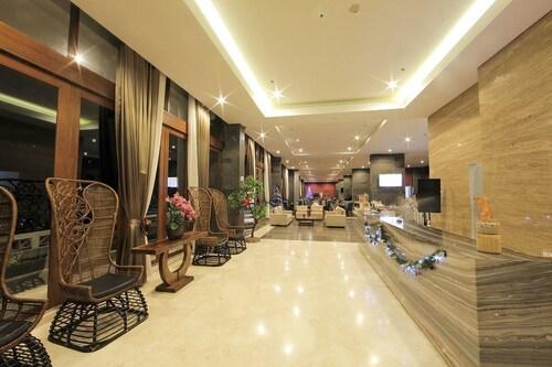 The Forest Hotel Bogor, Bogor