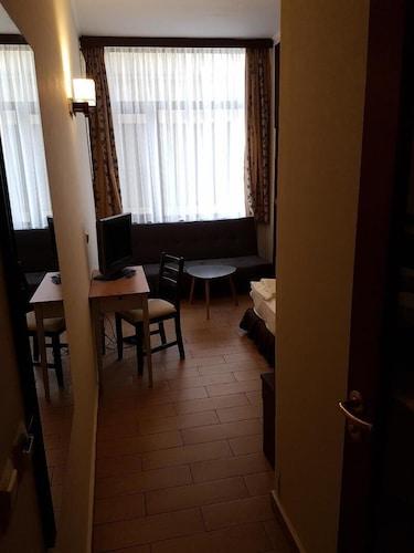 Art Hotel, Varna