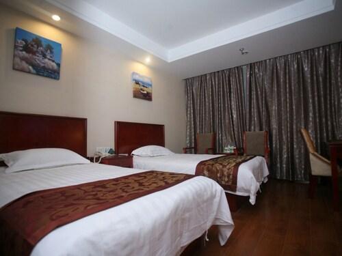 GreenTree Inn Bozhou Qiaocheng District Yaodu Road Hotel, Bozhou