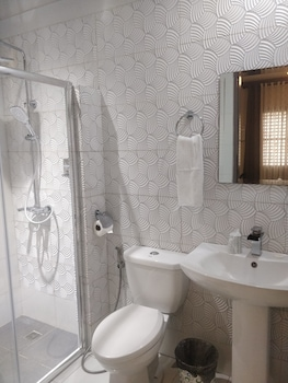 THE DUYAN HOUSE AT SINAGTALA RESORT Bathroom