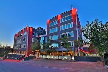 Hotel - Sanli Suite Hotel