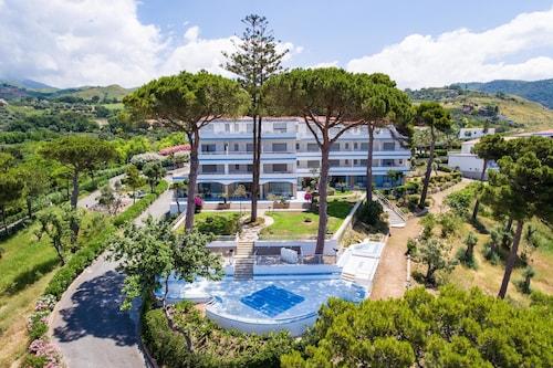 . Hotel La Castellana