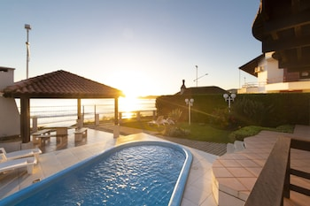 邦比尼亞斯基亞奧拉飯店 Kia Ora Bombinhas