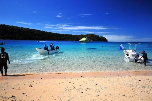 Paradise Cove Resort, Ba