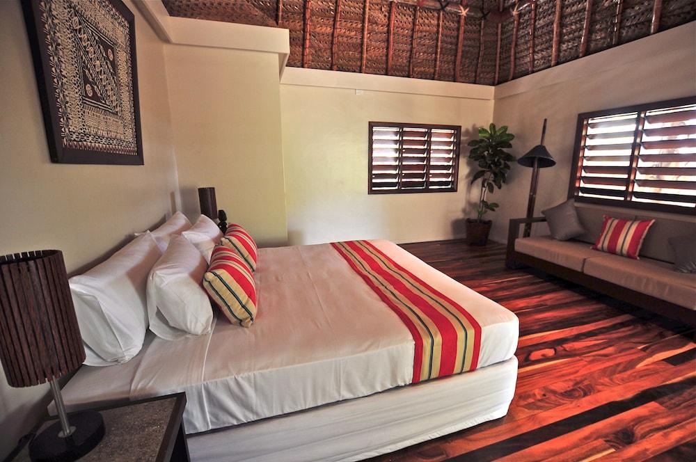 https://i.travelapi.com/hotels/20000000/19380000/19371000/19370922/5272400d_z.jpg