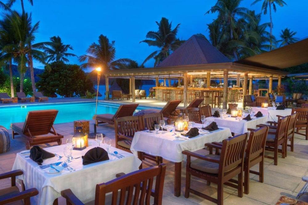 https://i.travelapi.com/hotels/20000000/19380000/19371000/19370922/a86edbbf_z.jpg