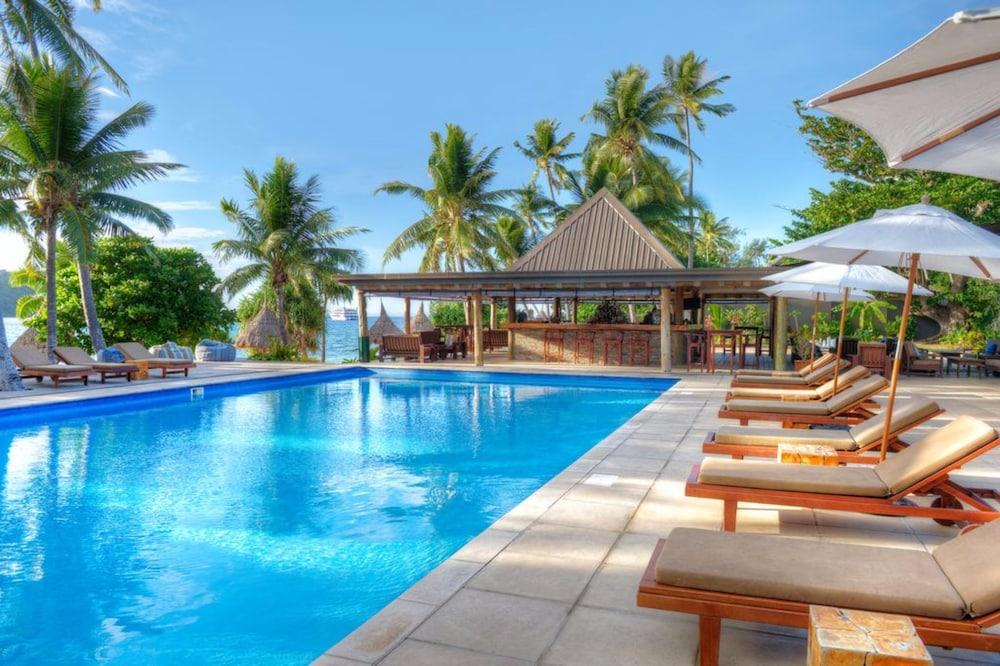 https://i.travelapi.com/hotels/20000000/19380000/19371000/19370922/db2a6d95_z.jpg