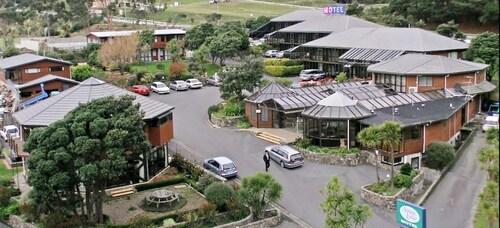 . Aotea Lodge