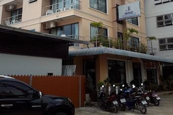Hotel - J Hotel