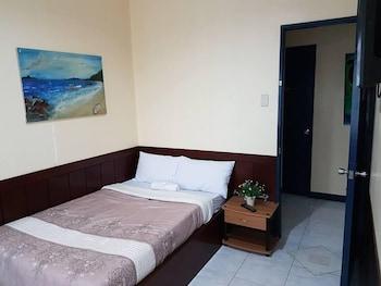 CITY CORNER HOTEL Room