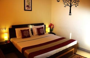 OYO 4205 Hotel Anuj Regency - Featured Image
