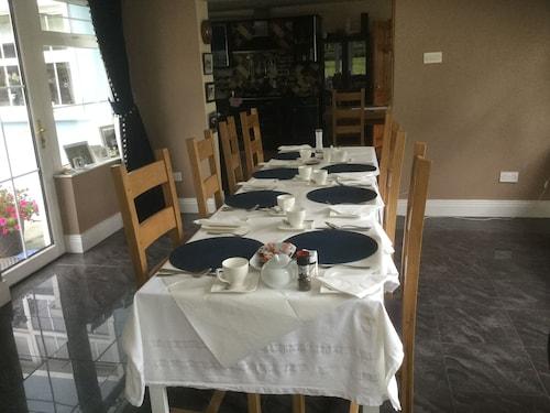Five Oaks Bed & Breakfast, Derry and Strabane