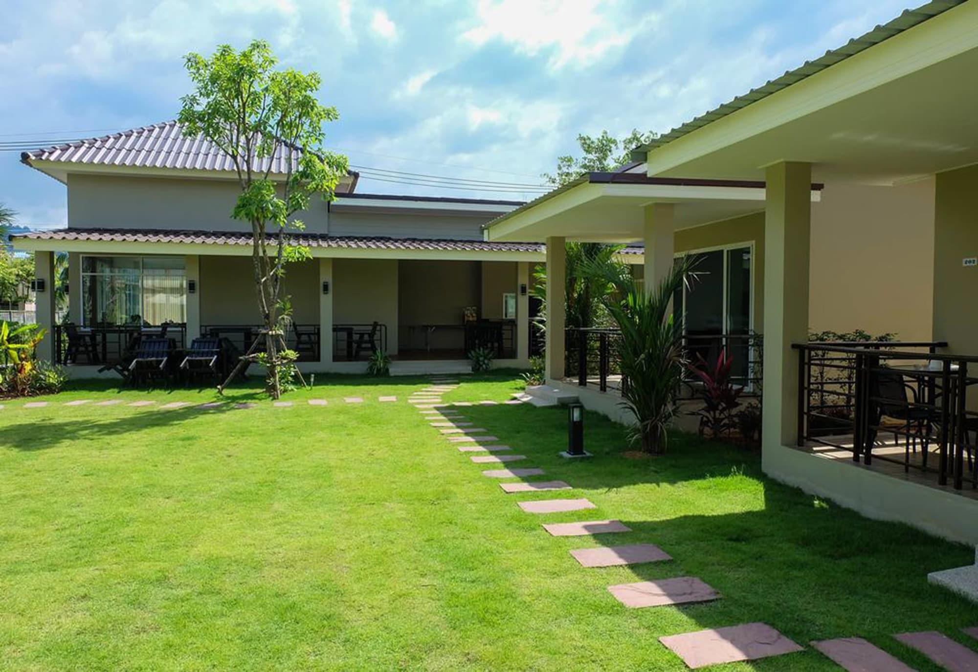 The Oasis Khaolak Resort, Takua Pa