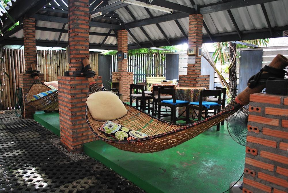 Baan JaJa Guesthouse