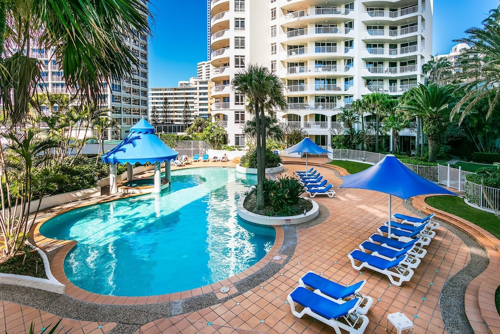 Upscale Apartment in Surfers Paradise