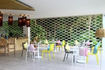 HOTEL COVO Breakfast Area