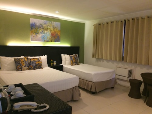 Hotel Bahia Subic, Olongapo City