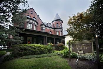 The Peter Herdic Inn