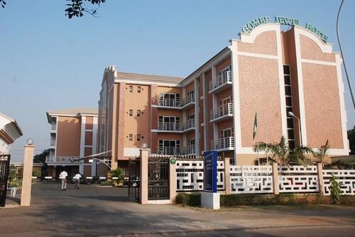 Gombe Jewel Hotel, AbujaMun