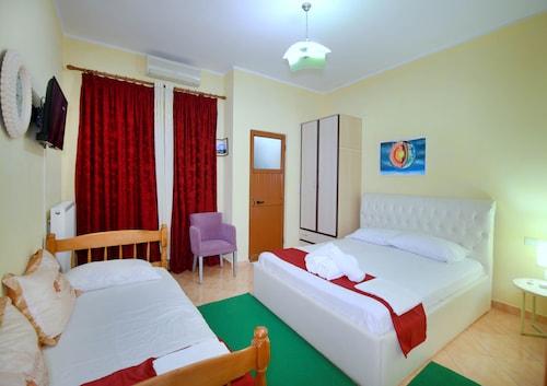 Duras - My Home Guest House - z Katowic, 21 marca 2021, 3 noce
