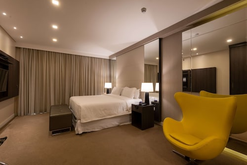 . Radisson Hotel Anapolis