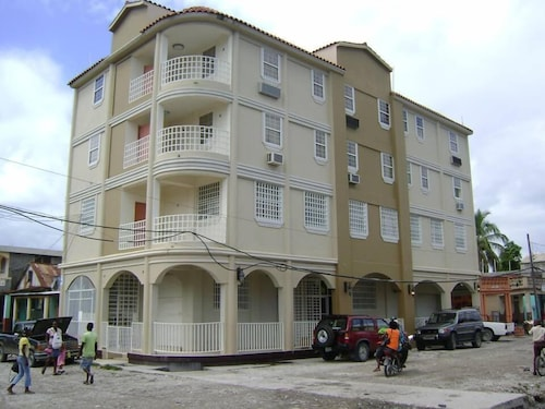 Caribbean Hotel Cayes, les Cayes