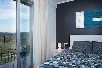 . HOTEL EL CID