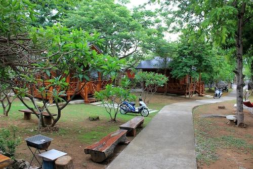 Sichang My Home, Koh Si Chang