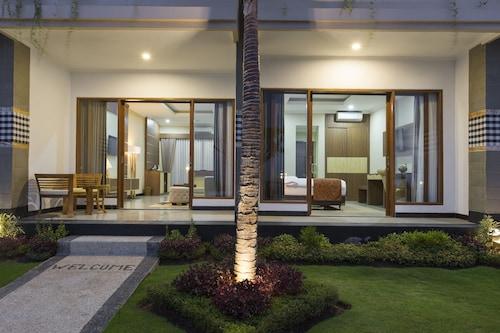 Semabu Hills Hotel Nusa Penida - Bali, Klungkung